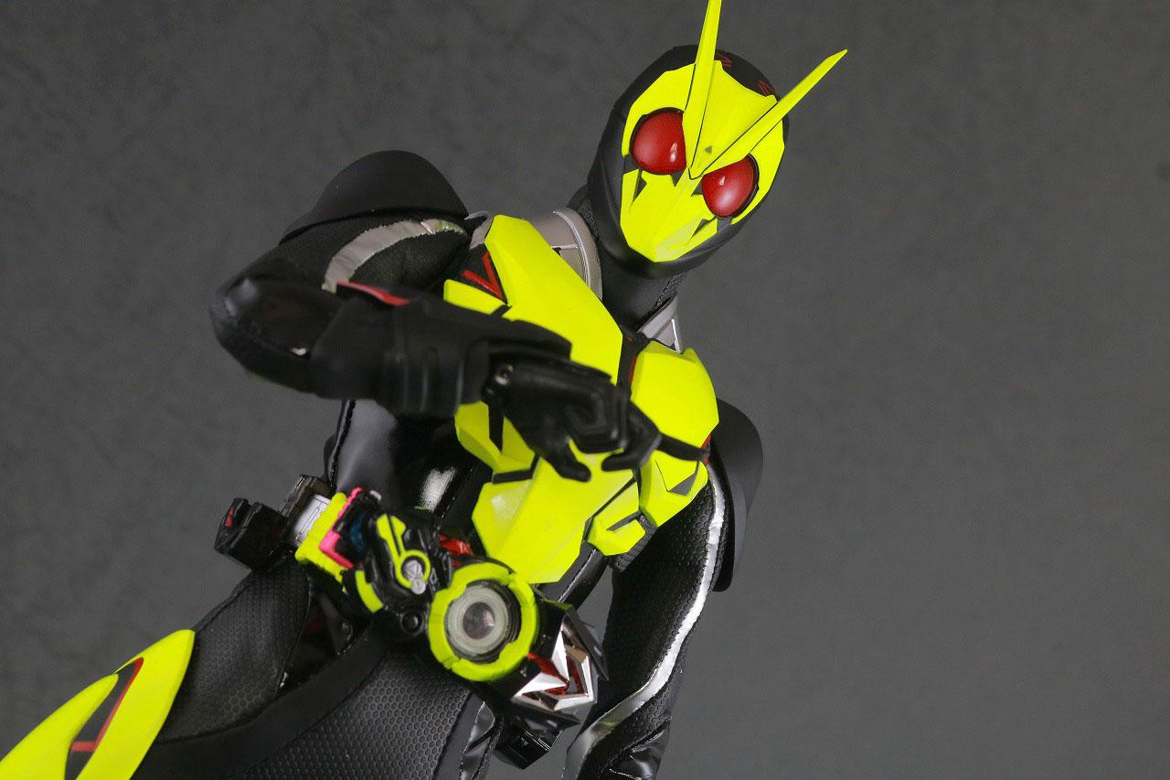 RAH 仮面ライダーゼロワン ライジングホッパー レビュー アクション