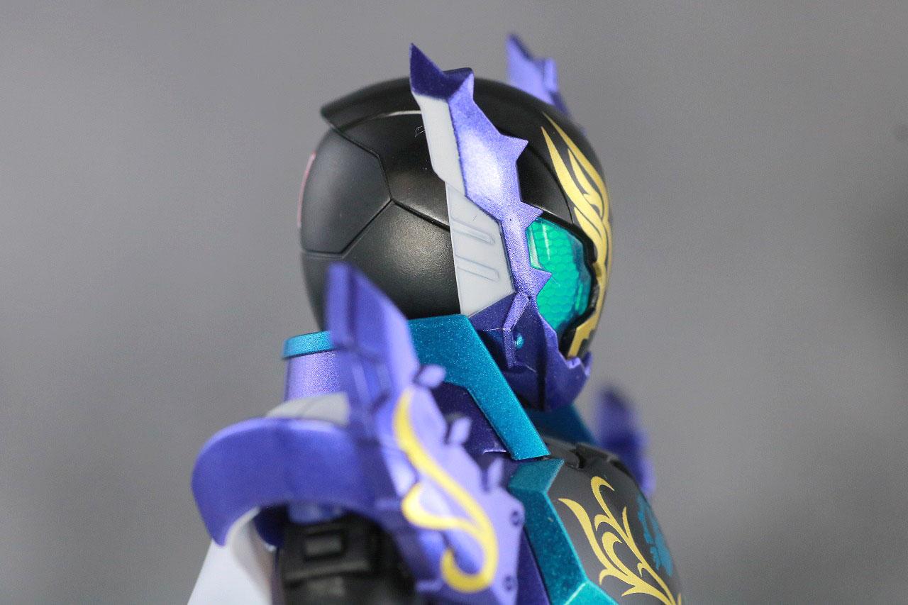 S.H.フィギュアーツ 仮面ライダープライムローグ レビュー 本体