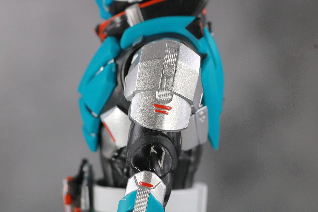 S.H.フィギュアーツ 仮面ライダー1型 ロッキングホッパー レビュー 本体