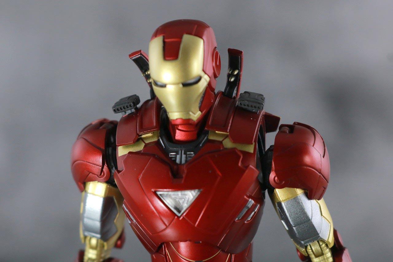 S.H.フィギュアーツ アイアンマン マーク6 BATTLE DAMAGE EDITION アベンジャーズ レビュー 付属品 スラスター 武装 交換