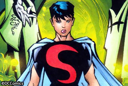 『フラッシュ』登場のスーパーガール、おなじみのキャラではない? ー 女優の髪型が話題に