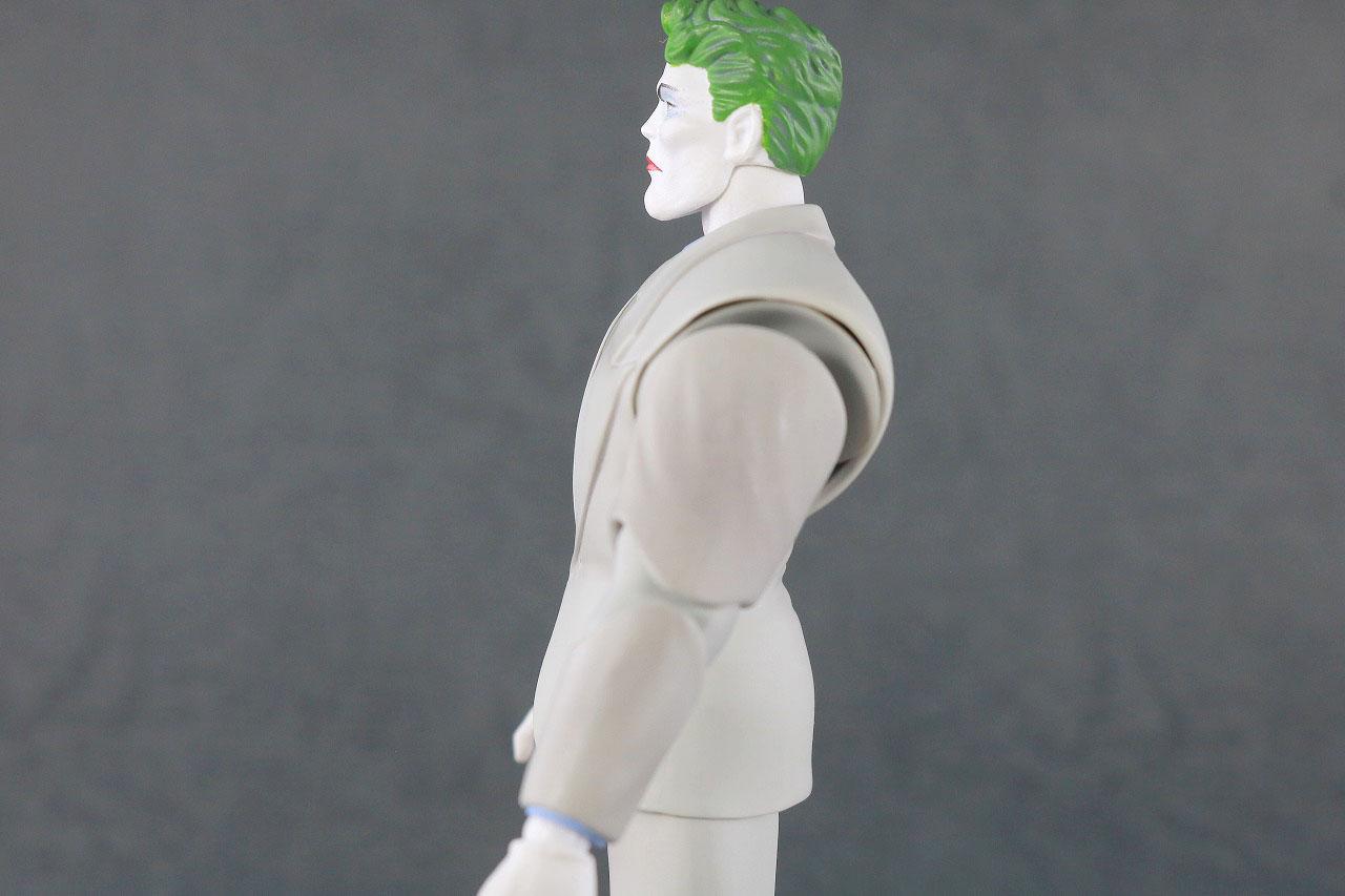 MAFEX ジョーカー(BATMAN The Dark Knight Returns)レビュー 可動範囲