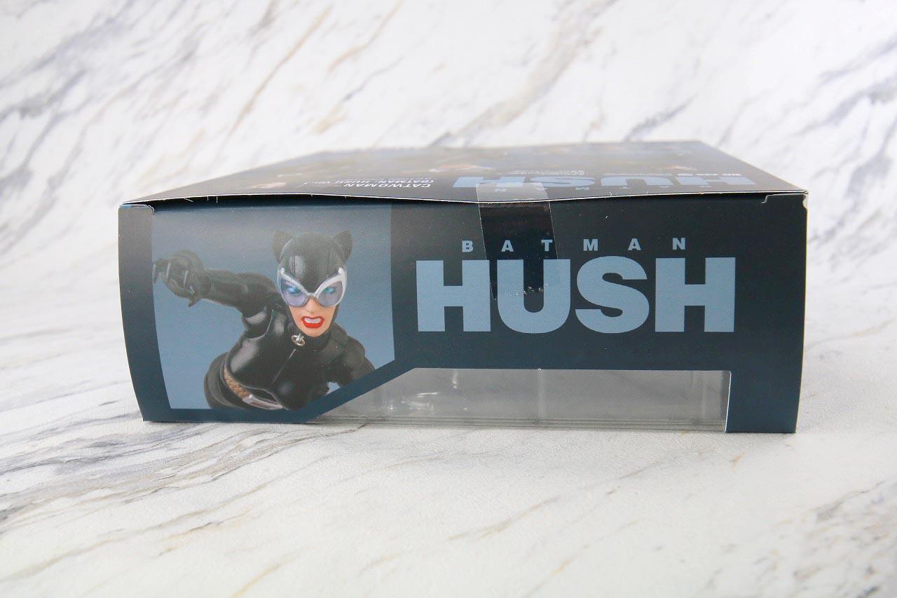 MAFEX キャットウーマン バットマン HUSH ハッシュ レビュー パッケージ