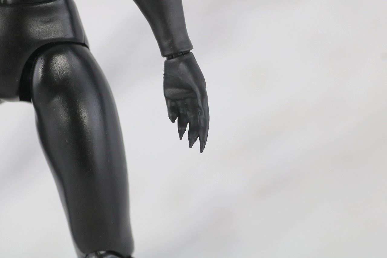 MAFEX キャットウーマン バットマン HUSH ハッシュ レビュー 本体
