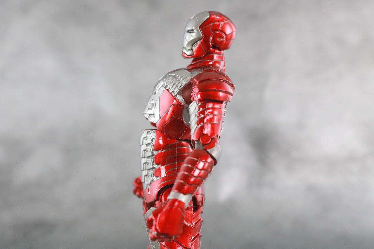 ZDtoys アイアンマン マーク5 レビュー 可動範囲