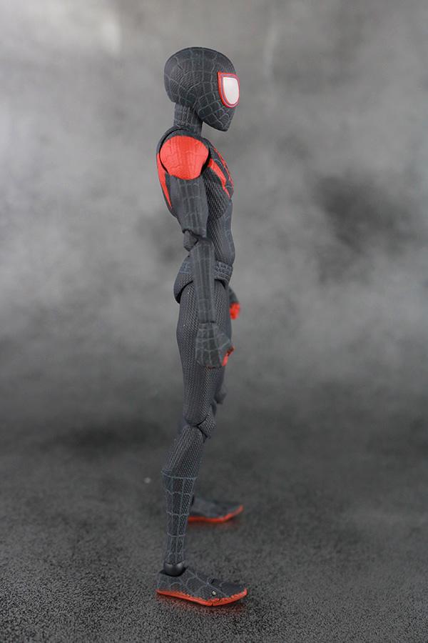 千値練 SVアクション マイルス・モラレス/スパイダーマン 本体