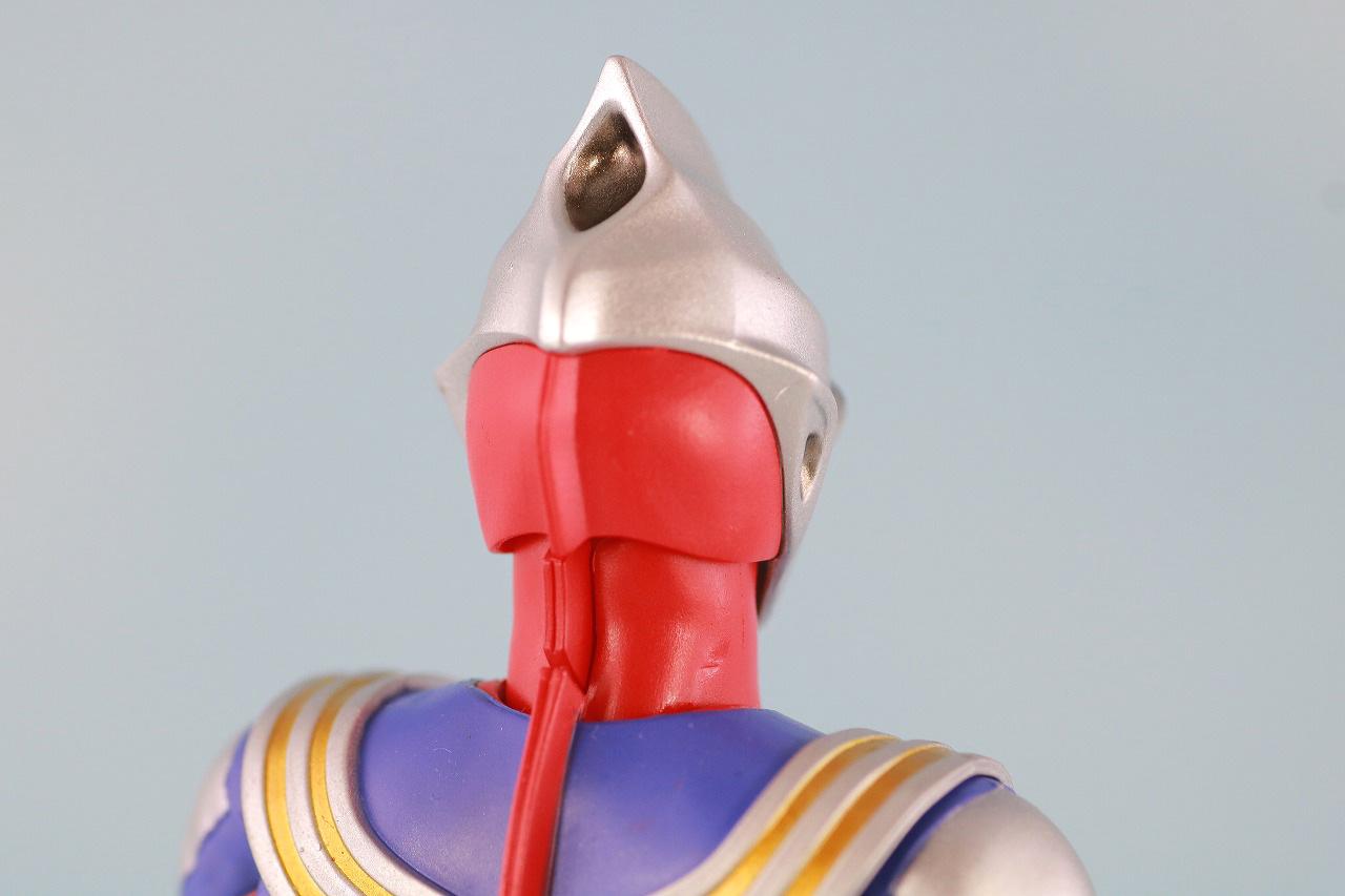 S.H.フィギュアーツ ウルトラマンティガ マルチタイプ 真骨彫製法 レビュー 本体
