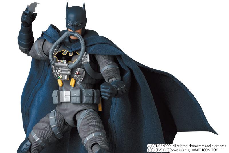 MAFEX新作!『BATMAN:HUSH』よりバットマン ステルスジャンパーが2022年6月発売!