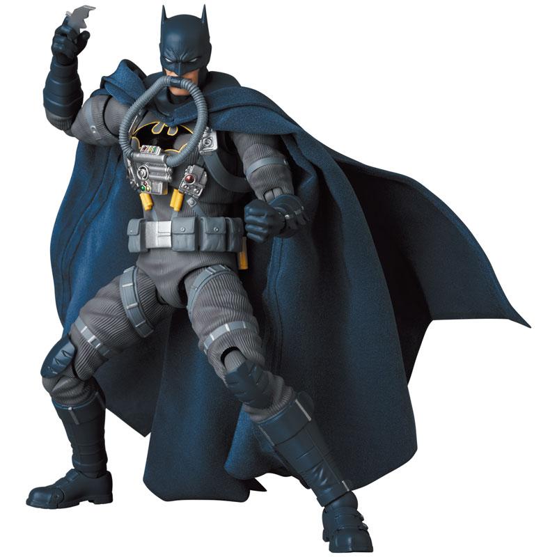 MAFEX バットマン ステルスジャンパー(BATMNAN:HUSH Ver.)