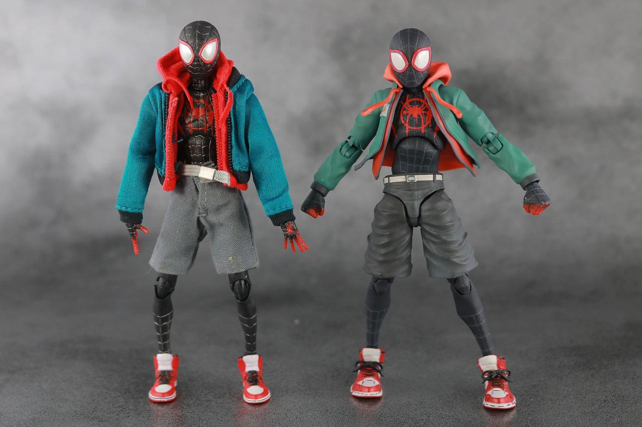 千値練 SVアクション マイルス・モラレス/スパイダーマン 付属品 服 本体 MAFEX 比較