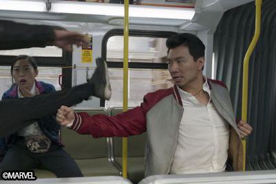 『シャン・チー』、バスのアクションシーン撮影に4週間要していた ー レーザーフィスト役俳優が明かす