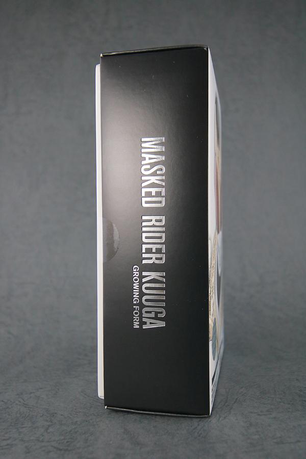 S.H.フィギュアーツ 仮面ライダークウガ グローイングフォーム 真骨彫製法 レビュー  パッケージ