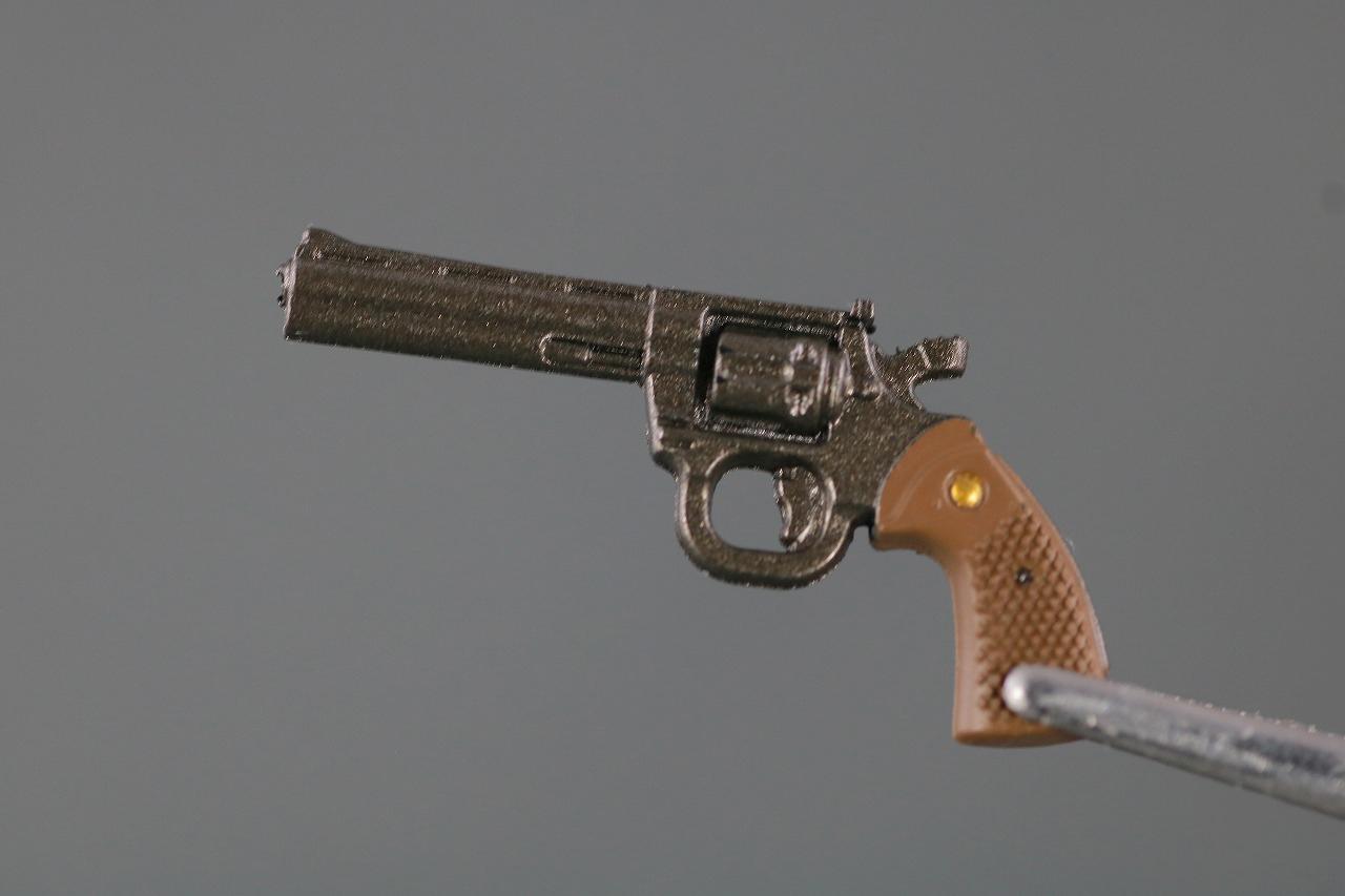 S.H.フィギュアーツ 仮面ライダークウガ グローイングフォーム 真骨彫製法 レビュー  付属品 拳銃