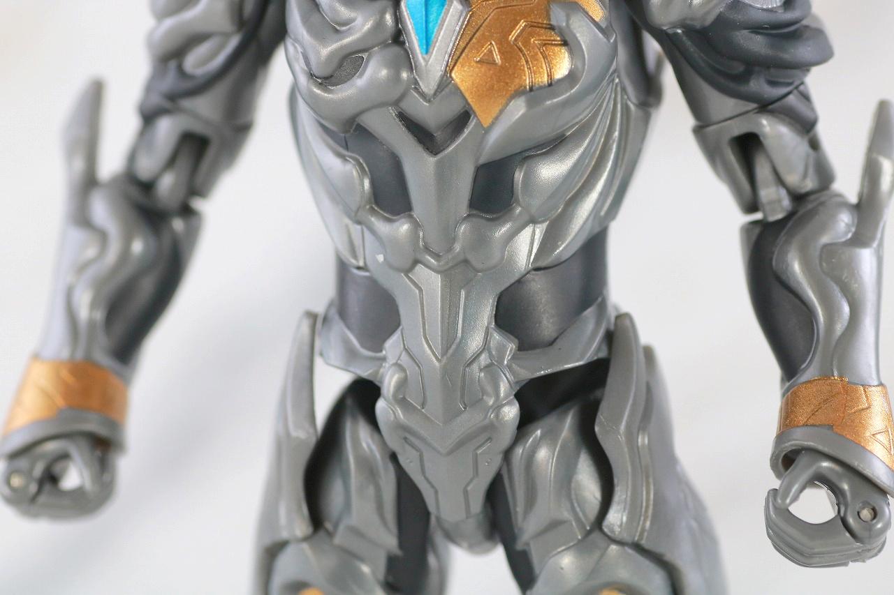 ウルトラアクションフィギュア トリガーダーク レビュー 本体